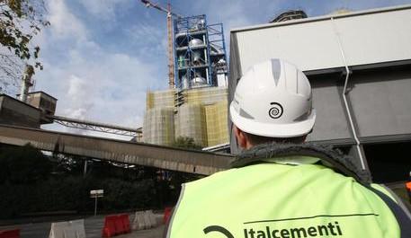 L'inaugurazione dell'impianto Italcementi a Rezzato (Bs), 8 novembre 2014. Ansa / Simone Venezia